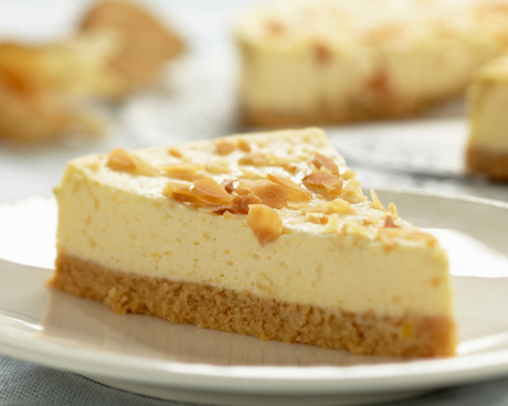 Amaretto Crunch Cheesecake